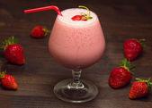 Strawberry milk-shake — Stock Photo