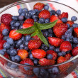 Strawberries and blueberries — Foto Stock