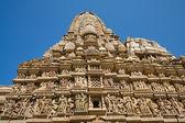 Stone carved temple in Khajuraho, Madhya Pradesh, India — Stock Photo