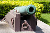 Cannons outside the Ministry of Defence, Bangkok — Stock Photo