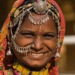Портрет женщины Индии раджастхани — Стоковое фото
