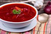 Cozinha russa e a ucrânia - sopa de beterraba — Foto Stock