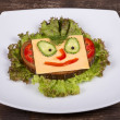 Face on bread — Stockfoto