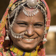 Portrait of a India Rajasthani woman — Stock fotografie #33452371