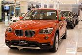 BMW X1 xDrive 20d car on display at the Siam Paragon Mall in Bangkok, Thailand. — Stock Photo