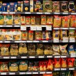 Assortment of italian pasta, macaroni in a supermarket Siam Paragon. Bangkok, Thailand. — Stock Photo #36645109