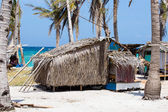 Poor area near the sea in island Malapascua, Philippines — Foto Stock