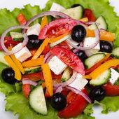 Fraîche salade grecque, gros plan — Photo