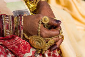 Henna on hands of bride from India — Стоковое фото