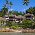 Tropical beach house on the island Koh Samui, Thailand — Stock Photo #47444969