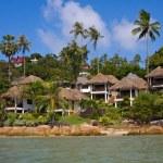 Tropical beach house on the island Koh Samui, Thailand — Stock Photo #47924861