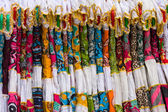 Colorful women's clothing in indian market — Stock Photo