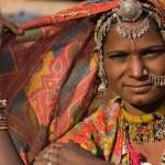 Portrait of a India Rajasthani woman — Stock Photo
