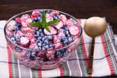Fruit salad with strawberries and blueberries — Stock Photo