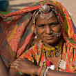 retrato de uma mulher de rajasthani Índia — Foto Stock #49379389