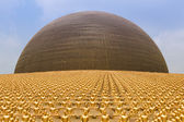 Wat Phra Dhammakaya  Is A Buddhist Temple In Bangkok, Thailand — Stock Photo