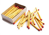 Matches and matchbox isolated  — Stock Photo