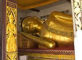 Büyük altın yatan Buda önemli Tapınağı — Stok fotoğraf