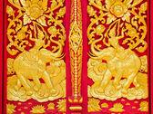 традиционный тайский стиль живописи на окне — Стоковое фото
