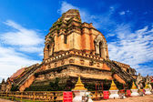 Buddhist temple Wat Chedi Luang. Chiang Mai, Thailand — Stock Photo