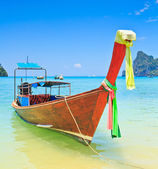 Ships at sea Phi Phi Island thailand — Stock Photo