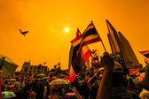 Il grande gruppo di manifestanti a strade — Foto Stock