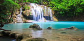 Beatifull blue waterfall — Stockfoto