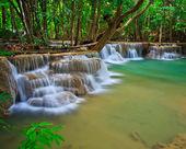 Huay Mae Kamin waterfall — Стоковое фото