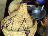 Wicker ware and other dishes — 图库照片
