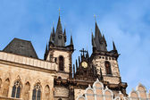 Symbol of Prague: Church of Our Lady before Tyn on Old Town Squa — Stock Photo