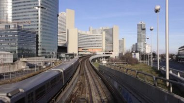 Sskyline Uno City Vienna with underground railway — Stock Video