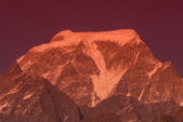 """Sunset at """"Hanthi Parvat"""" peak — Stock Photo"""