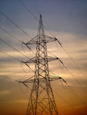 Elektrické vysokonapěťové vedení — Stock fotografie
