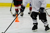 Ice hockey practice for kids — Stock Photo