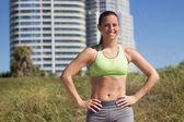 Confident, fit hispanic woman — Stock Photo