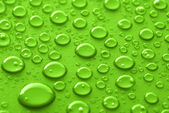 Green water drops — Stockfoto
