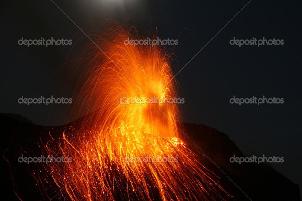 Strombolian Eruption Strombolian Eruption