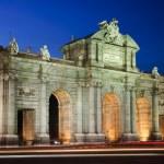 Puerta de Alcala (Alcala Gate) in Madrid, Spain — Stock Photo