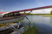 Schwebende flugzeug — Stockfoto
