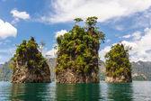Three rocks in Cheow Lan lake — Stock Photo