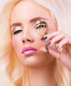 Beautiful blonde girl with perfect make up — Stock Photo