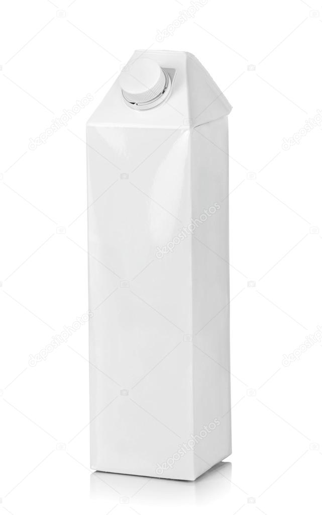 Blank pack of drink ready for your design. isolated over white background — Foto Stock #12561187