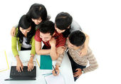Students with laptop — 图库照片