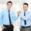 Business men shaking hands — Stock Photo #17999147