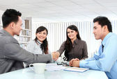 Business team making a deal — Foto Stock