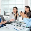 Clapping office workers - Stockfoto