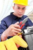 Werknemer bereiden apparatuur — Stockfoto