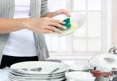 мытье посуды — Стоковое фото