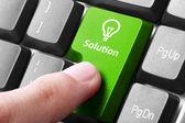 Groene oplossing knop op het toetsenbord — Stockfoto