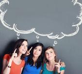 Three girl best friend thinking — Stockfoto